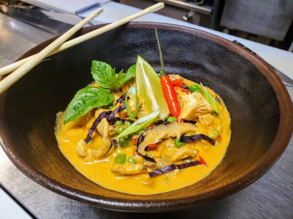 lunch menu - panang curry
